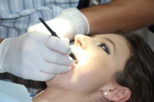vizita la dentist